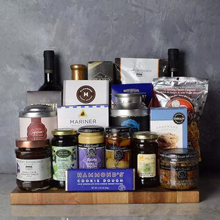 Kosher Grand Feast Wine Gift Basket Manchester