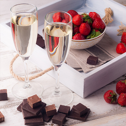 Our Champagne & Chocolate Gift Ideas for Friends